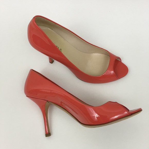 Prada 100% Authentic Saffiano Leather Piptoe Pumps Outlet Sast Outlet Latest Free Shipping Discount ULxK74Gk